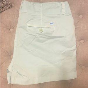 EUC Vineyard Vines shorts size 10 never worn